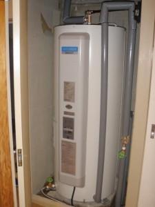 神戸市内、電気温水器施工後